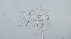A bit of tension on the pylon cables